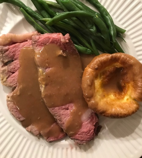 Prime rib and yorkshire pudding (2)